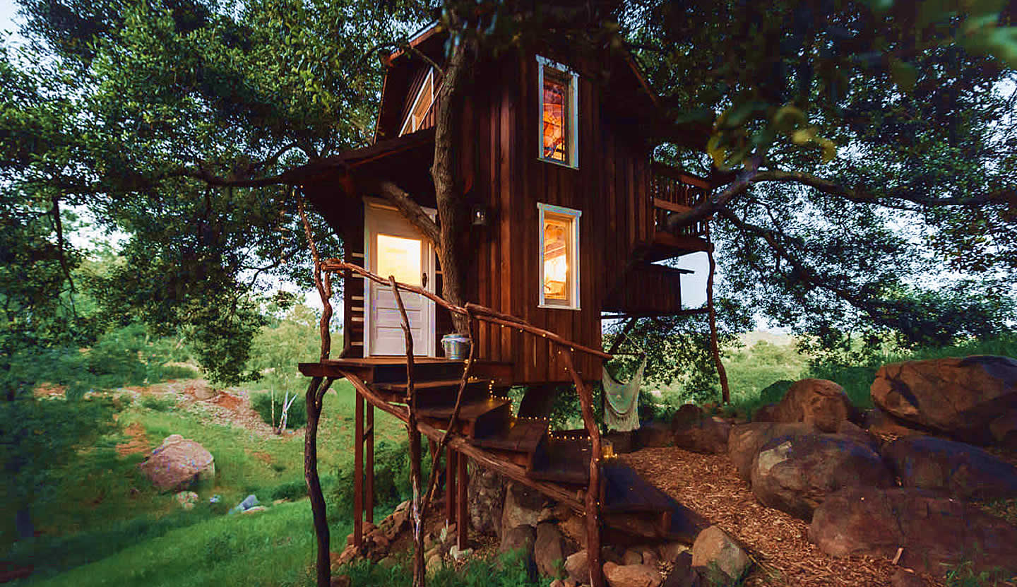 #14 Romantic Rustic Off-Grid Treehouse in Escondido